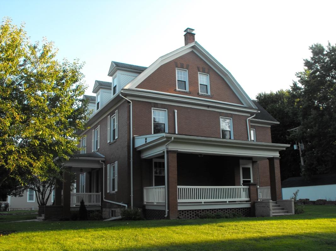 Side_of_Richard_Street_House.JPG
