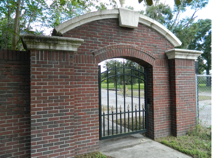 Brick_entrance.PNG