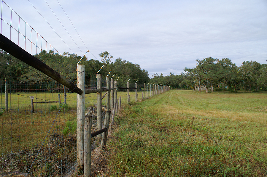 Rock_Lake_Ranch_North_Fence.jpg