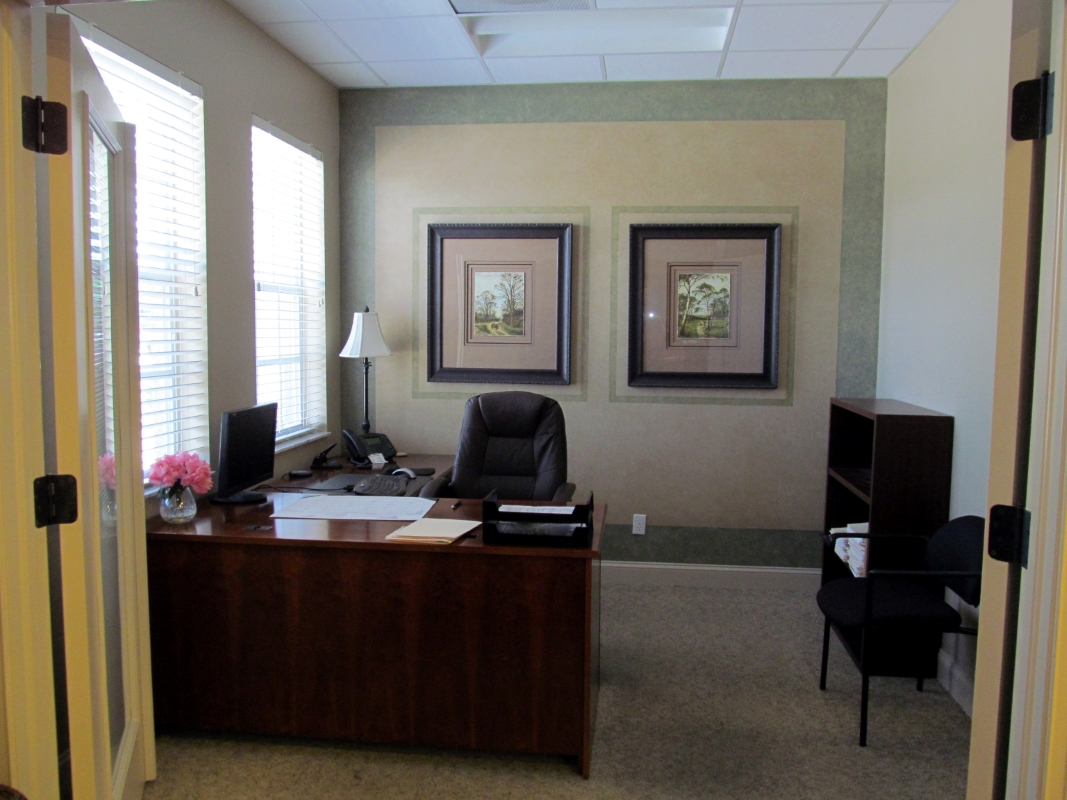 Front_Office.JPG