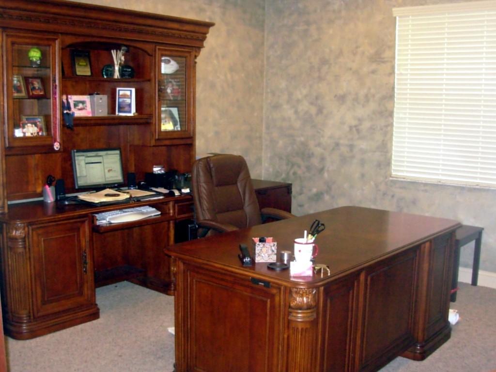 Heidis_office.JPG