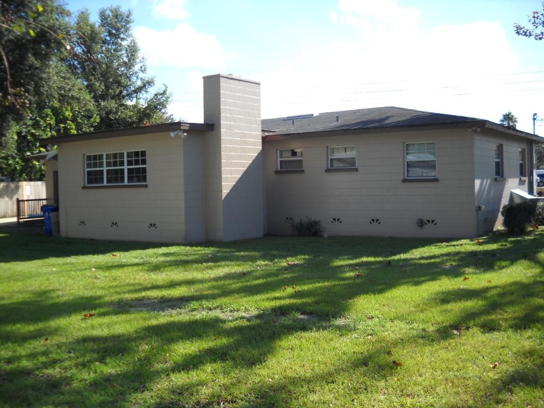 240 Fernery Rd., Lakeland, FL 33809
