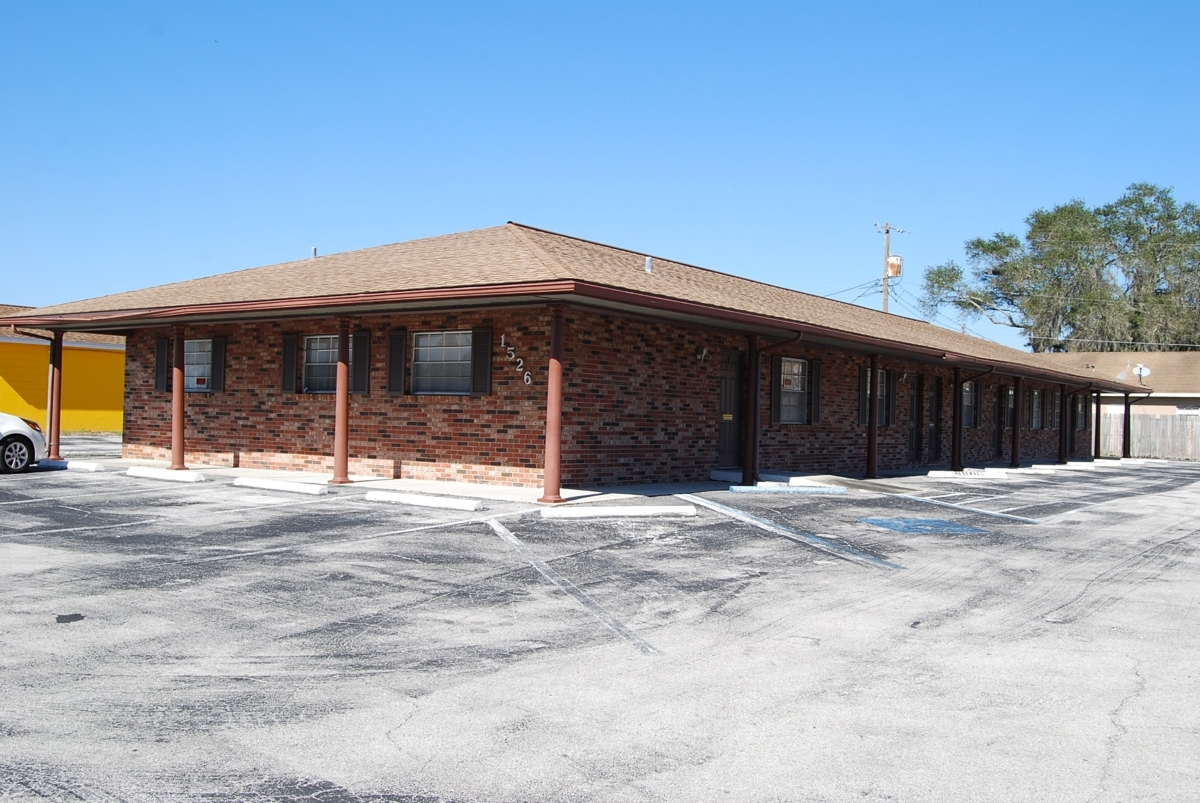1526 Commercial Park Dr., Lakeland, FL 33801
