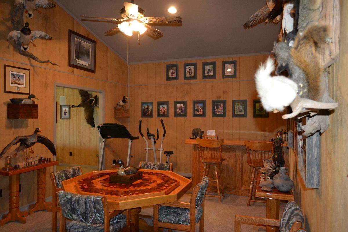 Osprey_Point_Trophy_Bass_Lake_House_Interior_8.jpg