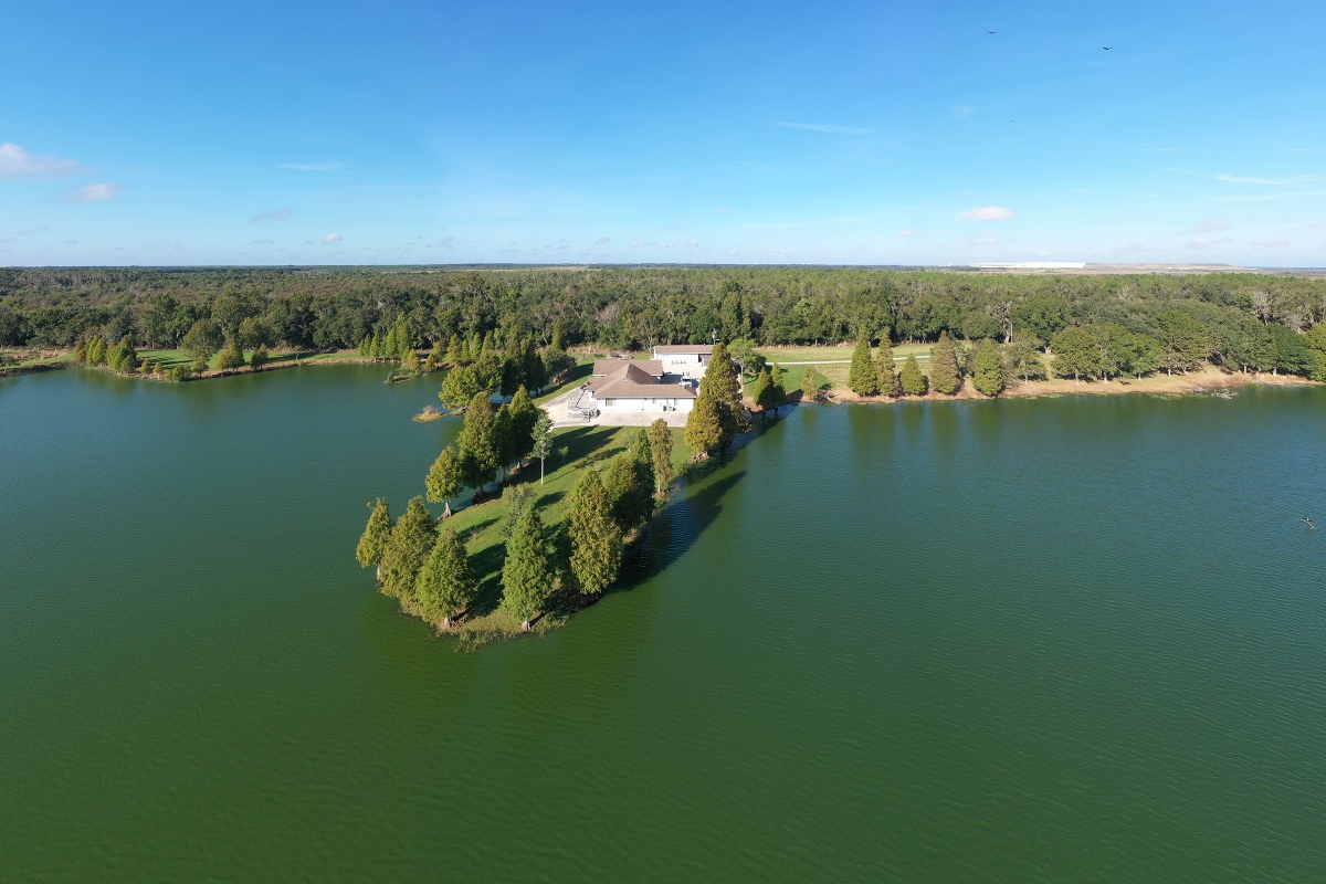 Osprey_Point_Trophy_Bass_Lake_Lake_House.jpg