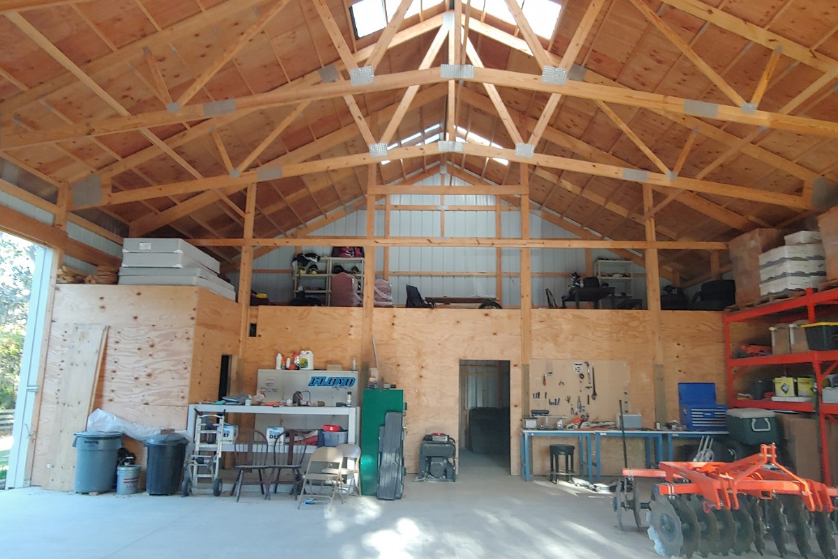 Hernando_County_House_and_Acreage_Barn_Indoors.jpg