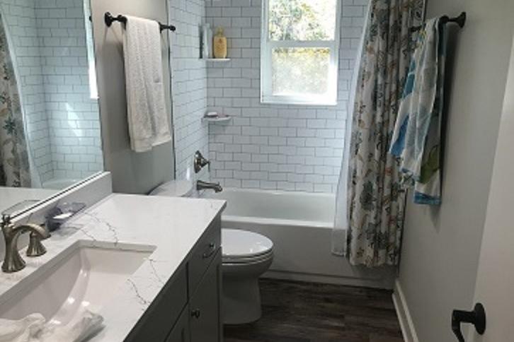Hernando_County_House_and_Acreage_Bathroom.jpg