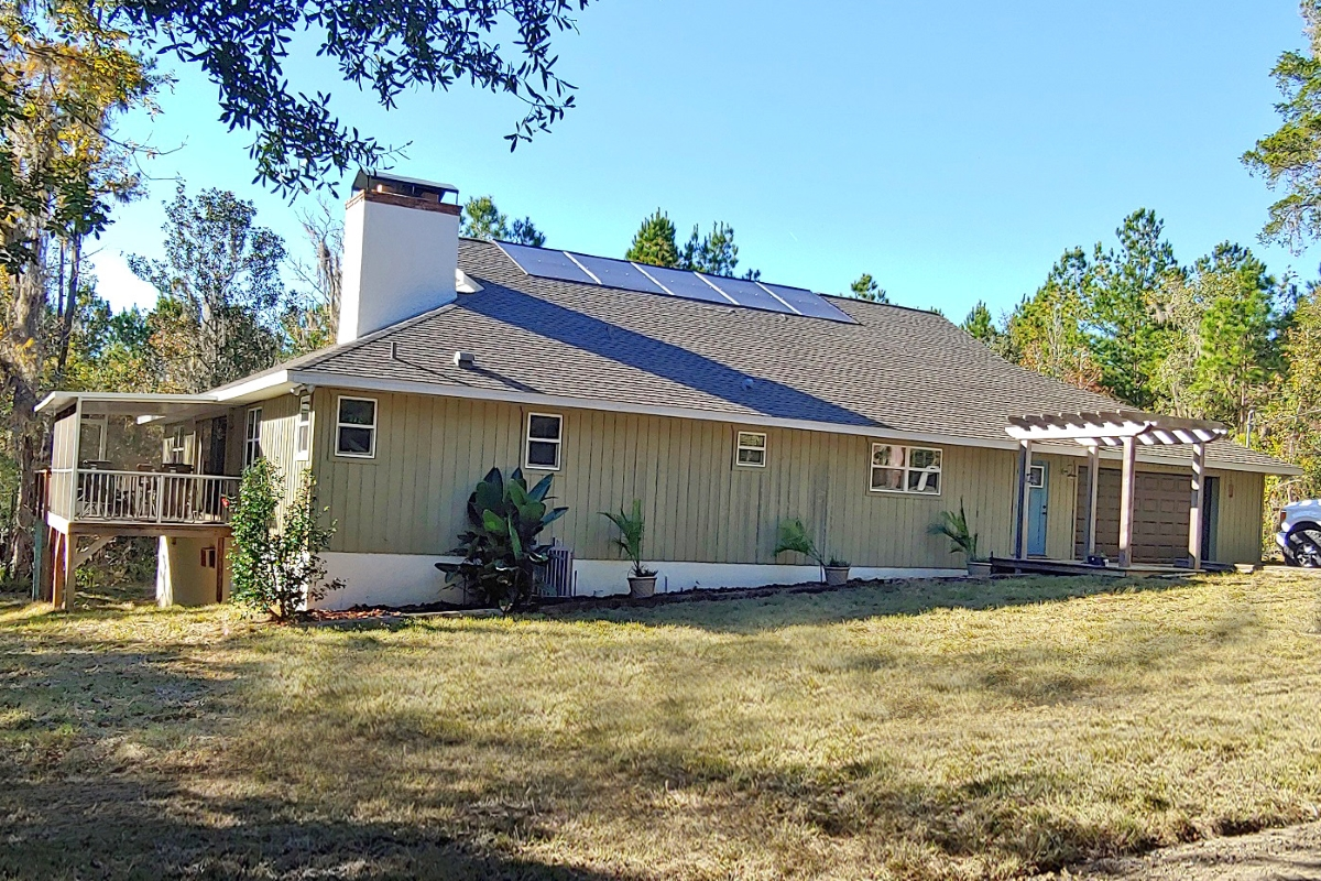 Hernando_County_House_and_Acreage_Front_of_House.jpg