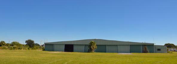 Large_Hangar.JPG
