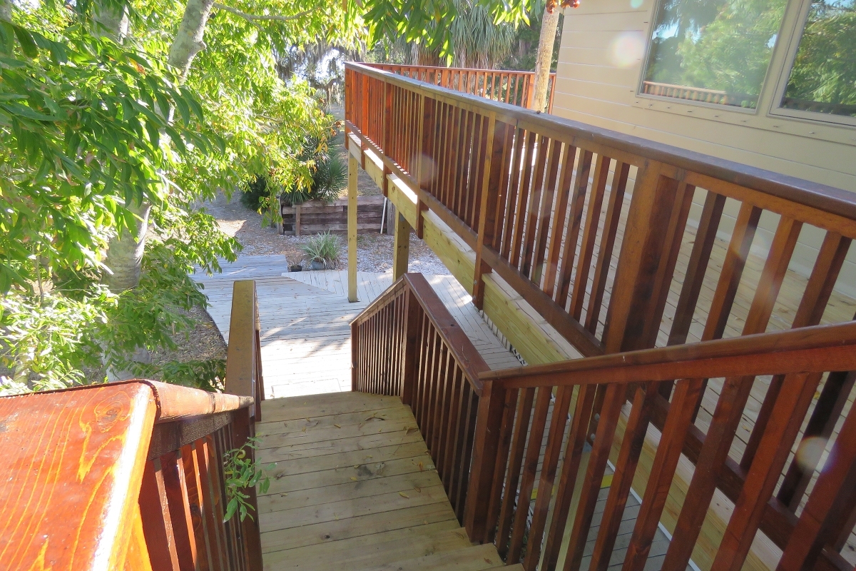 Tarpon_Key_Lodge_New_Deck.jpg