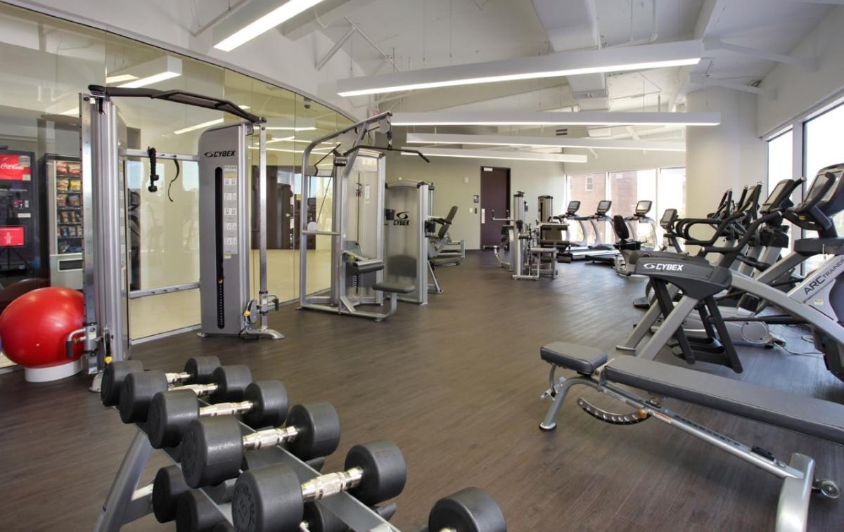 Photo_Wells_Fargo_Center_fitness_2.JPG