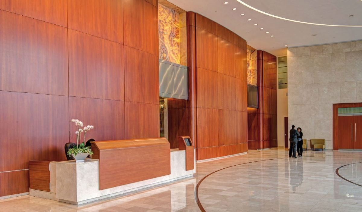 Photo_Phipps_Tower_Lobby.JPG