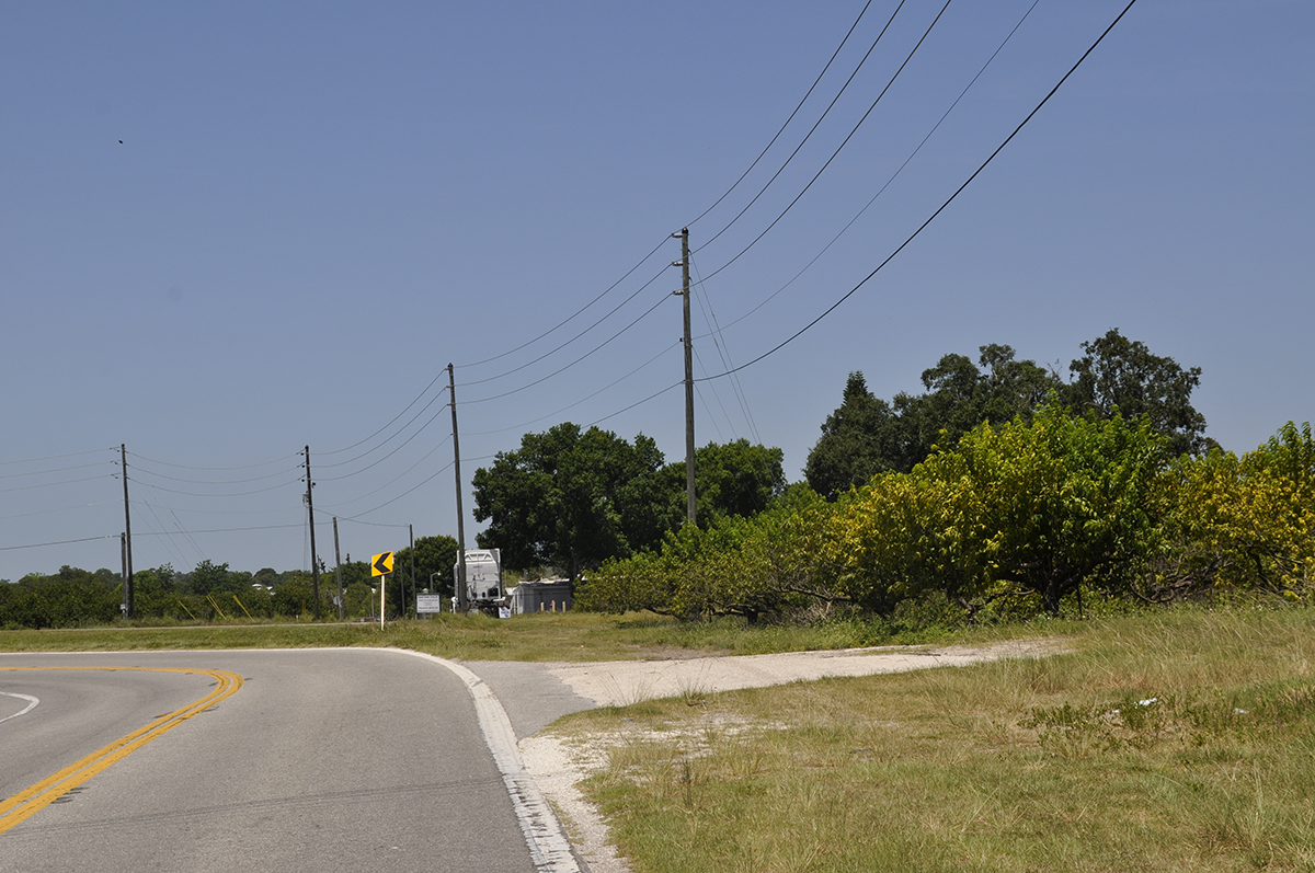 Lake_Clinch_Residential_Road_Frontage_2.jpg