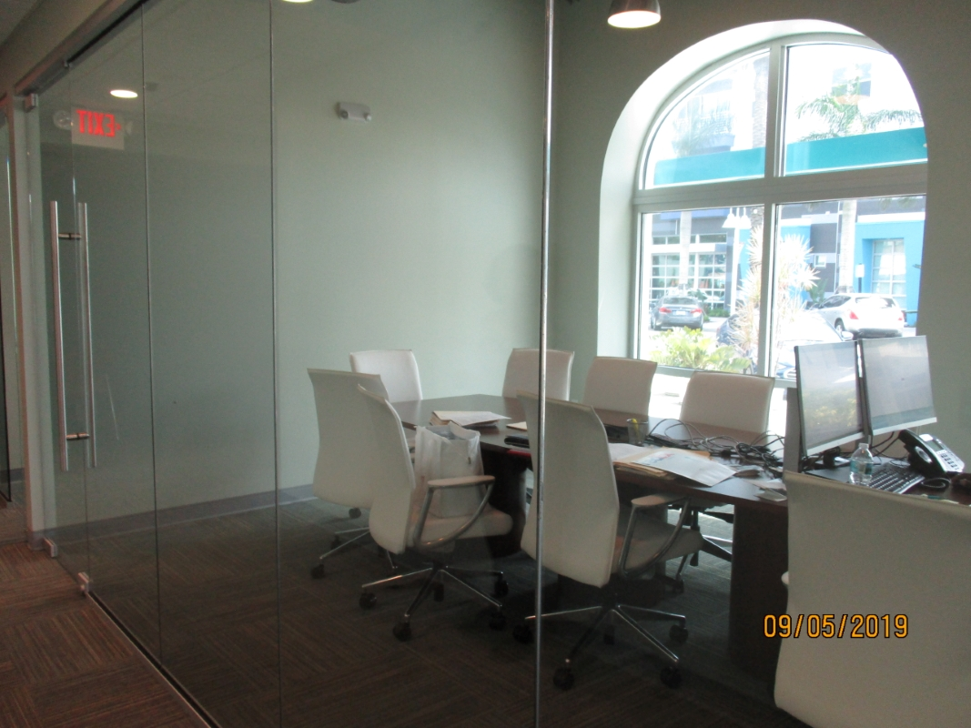 Conference_room_965_Central.JPG