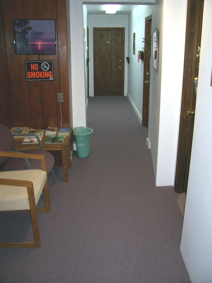 Front_Hallway_waiting_area.jpg